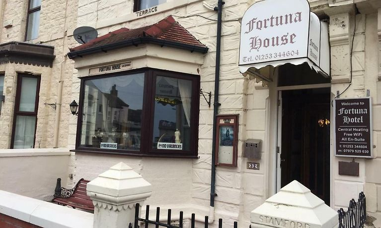 FORTUNA HOUSE HOTEL, BLACKPOOL | Online Hotel Reservations